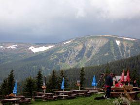 Blick auf den Hauptkamm des Riesengebirges